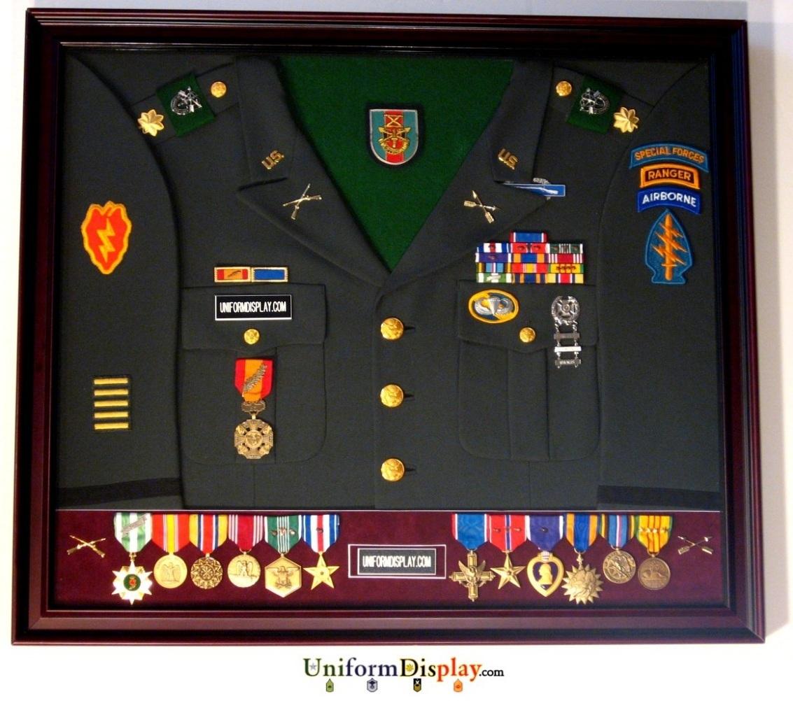 Uniform Display Inc Quot You Earned It You Display It Quot